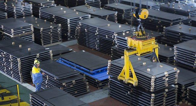 برقراری تعادل در بازار شب عید فولاد